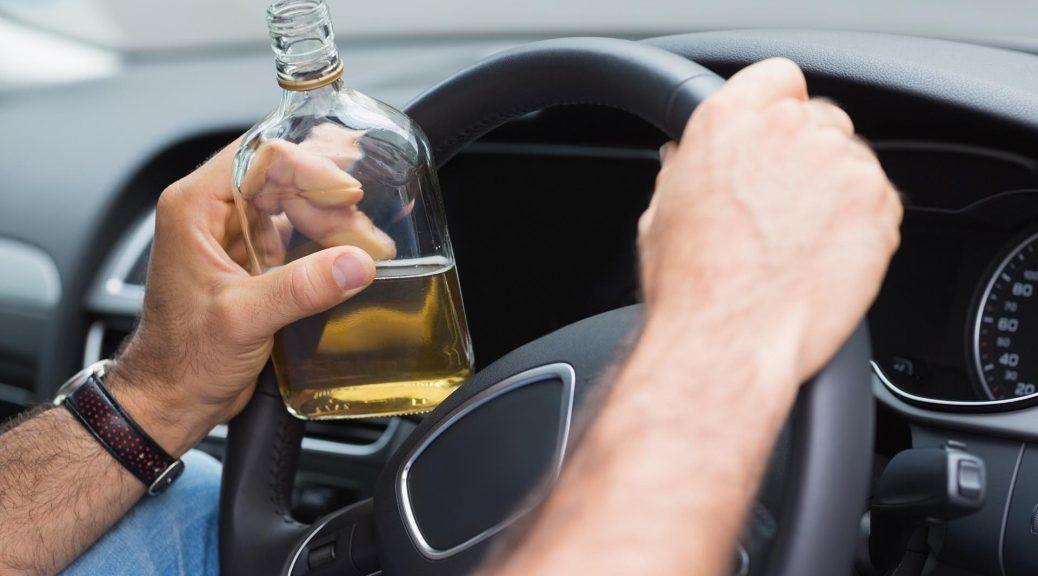 Imprudencias más frecuentes cometidas por los españoles al volante